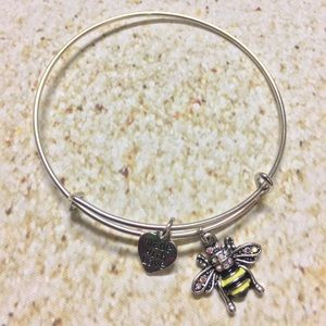 Jewelry - Silver plated bumble bee adjustable charm bracelet